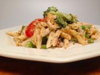 1. Mac 'n Cheese with broccoli & peas copy