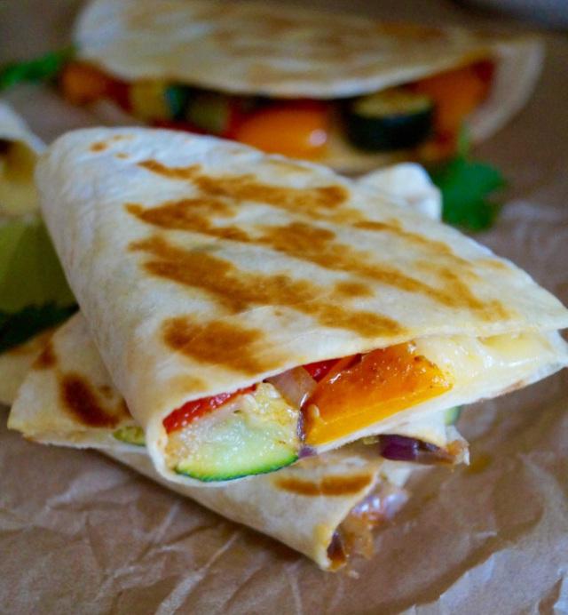 quesadillas-slices